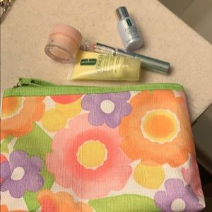 Bag and 4 items